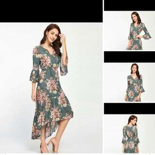 👄Midi Dress ✔️400 ✔️Free Size fits up to Semi Large ✔️Textured Chiffon