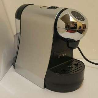 Intimar英特曼 膠囊咖啡機 RC-1802 時尚造型都會風 僅用數次,近全新
