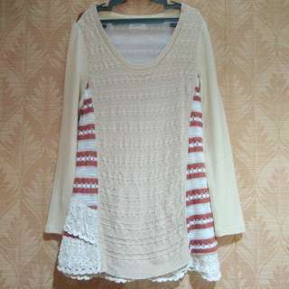 Knitted pullover top