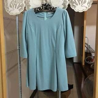 Orenda 湖水藍洋裝(全新有汙漬)