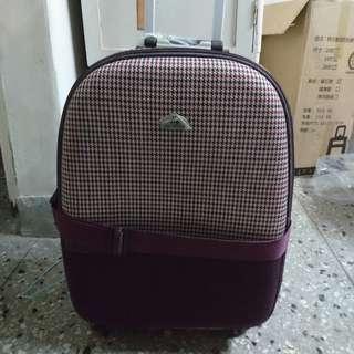 24吋舊式二手行李箱