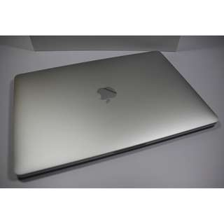 """Pristine Condition 13"""" MacBook Pro 2017 silver(2250sgd)"""