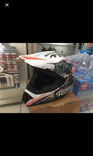 Full face helmet size XL 60cm bike ,E scooter , scooter  ( meet Tampines area or Tampines MRT)