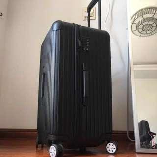 運動版行李箱