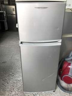 Htachi不鏽鋼雙門雪櫃(只限三天內)