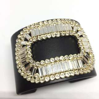 💯 authentic NEW Roger Vivier Pilgrim cuff