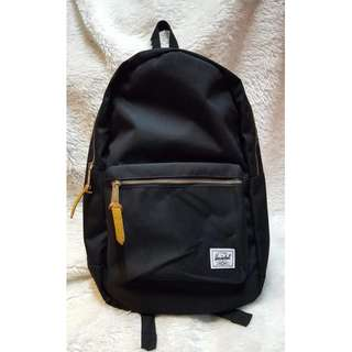 Herschel Heritage All Black Backpack
