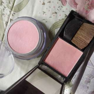 Blusher for sale in sweet baby pink... for fast deal,take both for $3.50...