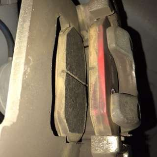 Swift Vetto front brake pads