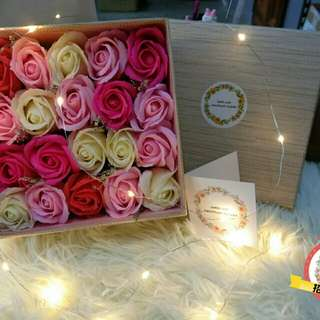 Soap Roses Gift Box