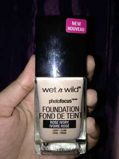 Wet n wild photofocus foundation fond de tient shade rose ivory