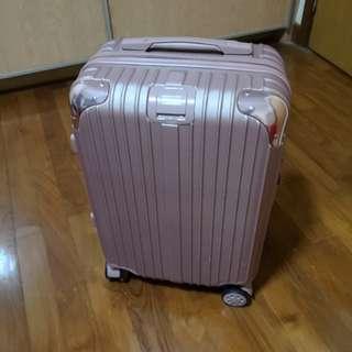 Rose Gold luggage (cabina sized)