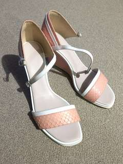 pedro pink wedge sandals size 7