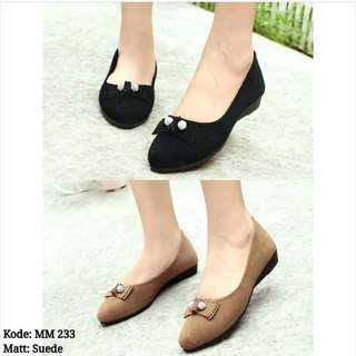 MM 23320 Suede Shoes