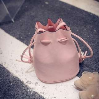 Simple yet Stylish Sling Bag 605