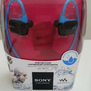 Sony sports mp3 player NWZ-W273 blue 4GB headphone