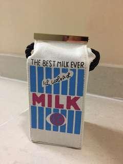 牛奶盒手袋