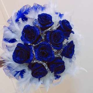 Flower bouquet shimmering blue w delivery