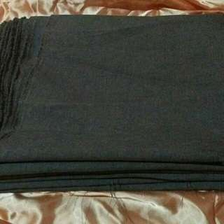 5 yards gray cloth and zippers