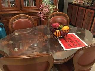 歐洲古典餐枱連4張餐椅