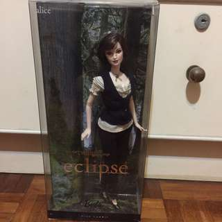 The Twilight Saga: Eclipse Alice Cullen Barbie Doll