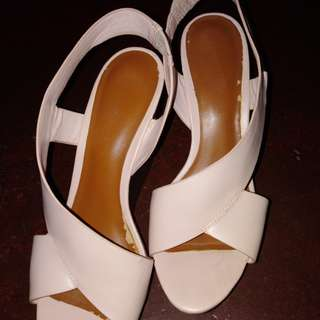 Charles and Keith wedge
