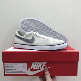 BNIB Nike authentic primo court leather suede sneakers