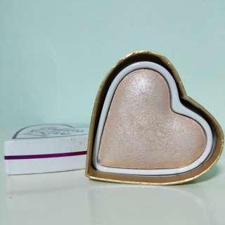 I Heart Makeup Goddess of Love Triple Baked Highlighter