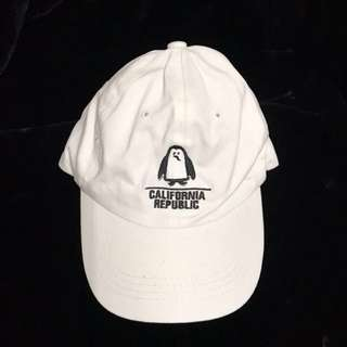 🚚 白色企鵝老帽