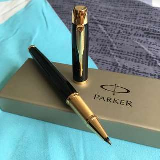 Parker Rollerball Pen (with Singtel logo on cap)