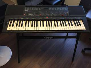 Yamaha Music Keyboard PSR 400 (Not Casio, Korg, Roland)(Not digital piano, synth, synthesizer)