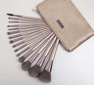 [🥀SLOTS 0/15] BH Cosmetics lavish elegance 15 piece brush set with cosmetics bag po