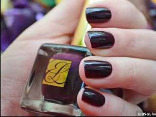 Estee Lauder Pure Color Nail Lacquer Black Plum