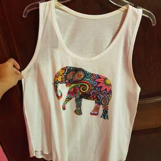 Singlet with cute print.