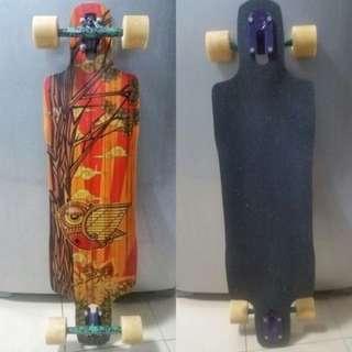 Rayne Douglas Dalua longboard / skateboard