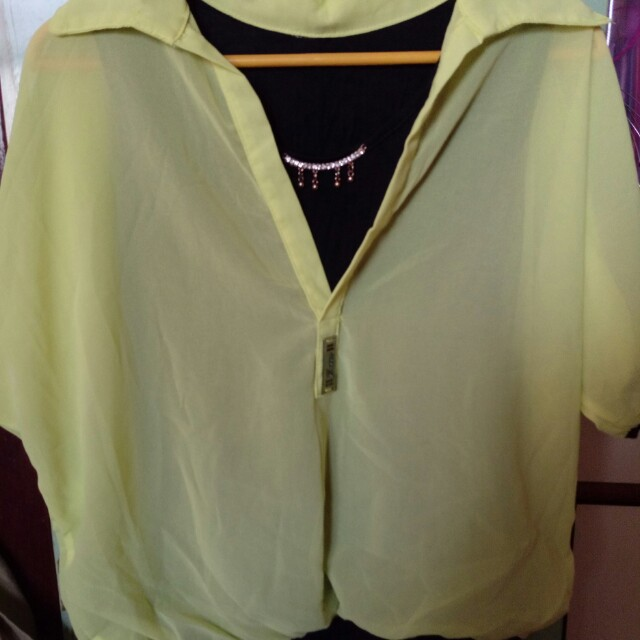 亮黃假兩件上衣+長褲+百摺褲裙