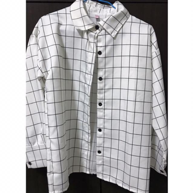 白色格子襯衫