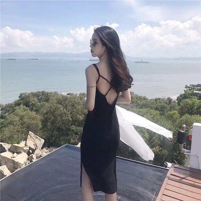 休閒度假露背交叉長洋裝
