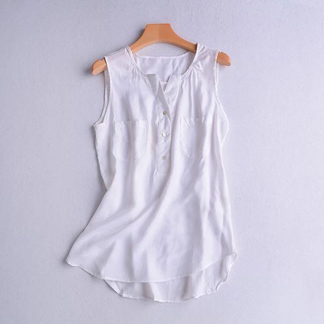 白色無袖雪紡紗