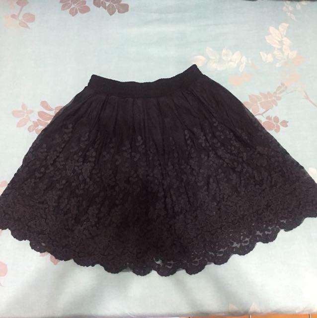黑色玫瑰蕾絲短裙