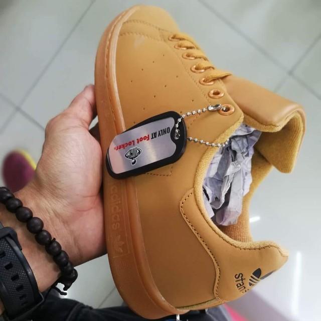 buy popular 5c900 fafe7 Adidas Stan Smith, Men s Fashion, Footwear, Sneakers di Carousell