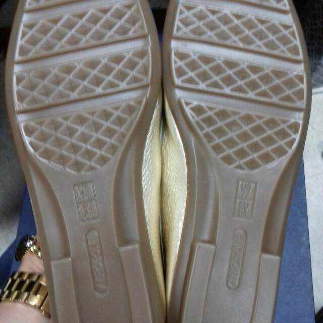 AEROSOLE Gold shoes