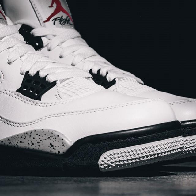 reputable site 7faa0 aeaf9 Air Jordan 4 White Cement, Men s Fashion, Footwear on Carousell
