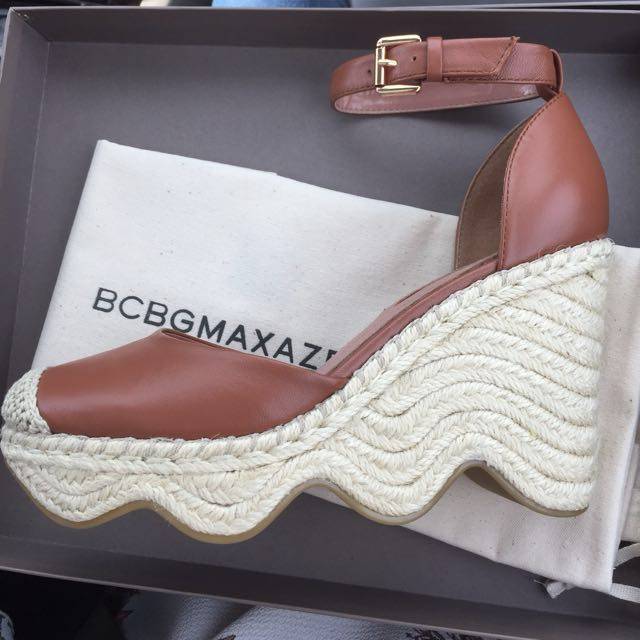 "BCBG ""Abell"" Wedges"
