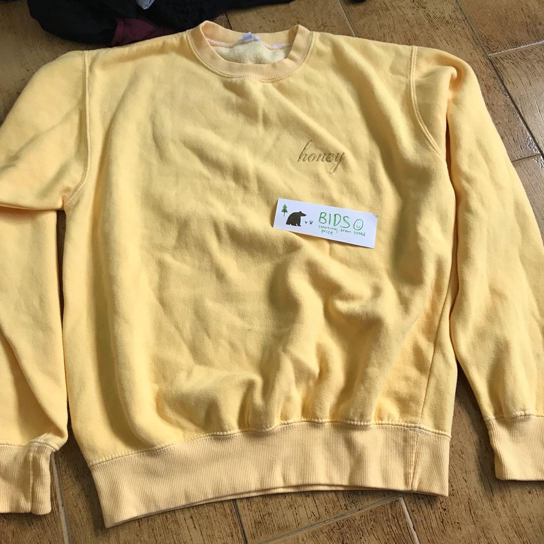 Bids Bn Brandy Melville Honey Embroidered Erica Sweatshirt Womens