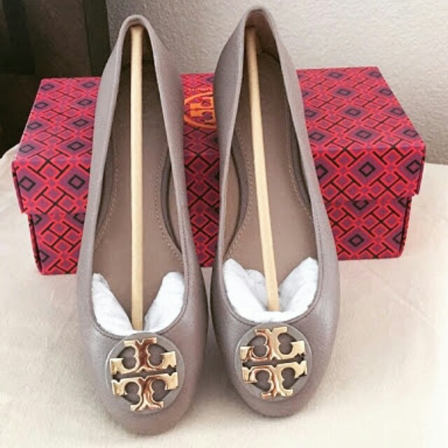 Bnew and Authentic Tory Burch Claire Ballet Flats
