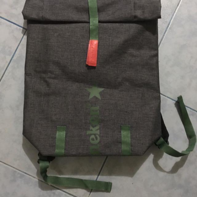 BNWoT heineken insulator bag