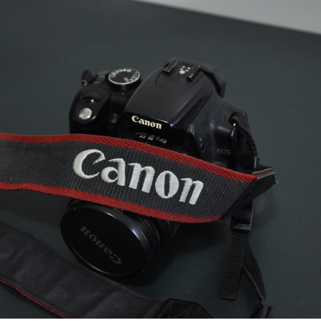 Canon EOS Rebel XT Body (without battery) + Lens EFS 18-55mm