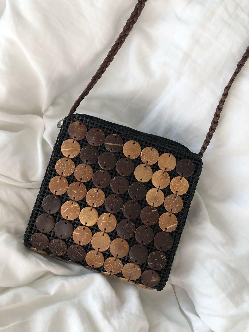 Coconut shell shoulder bag