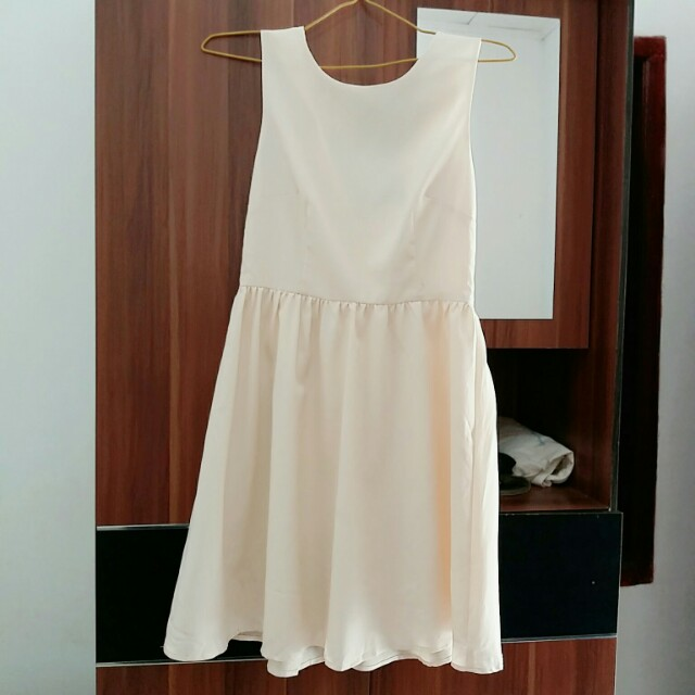 Creamy dress forever 21